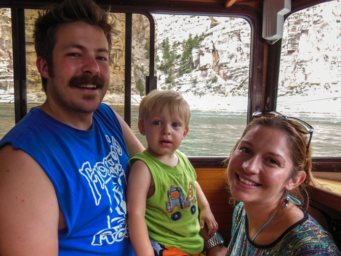 Family Cruise – Flaming Gorge Reservoir